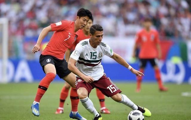韩国队不愧最脏球队!47次犯规破世界杯纪录,这