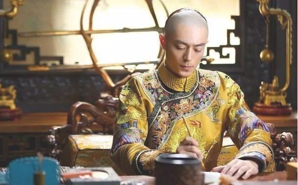 『皇帝』皇帝御膳吃不完,剩下满桌的菜是如何处理的?这么多人竟然花钱抢着要!