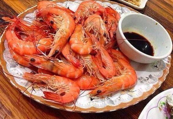 """白灼虾别直接下锅,万万记住这""""1步"""",这样做,虾肉嫩滑无腥味(四)"""