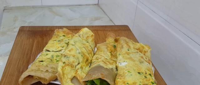 早餐又出新吃法,冰箱冷藏一下,比鸡蛋灌饼都好吃,放凉也不会硬