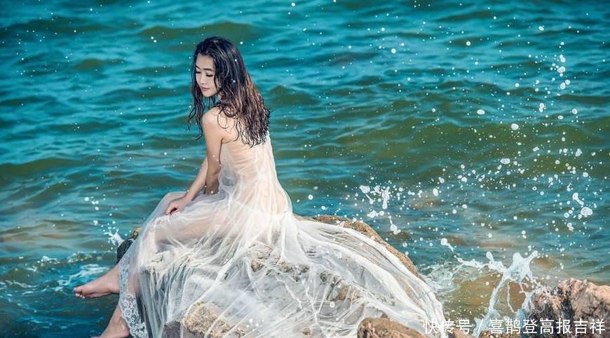 [热点]新娘花2万在海边拍婚纱照,看完精修图后,新娘当场懵住