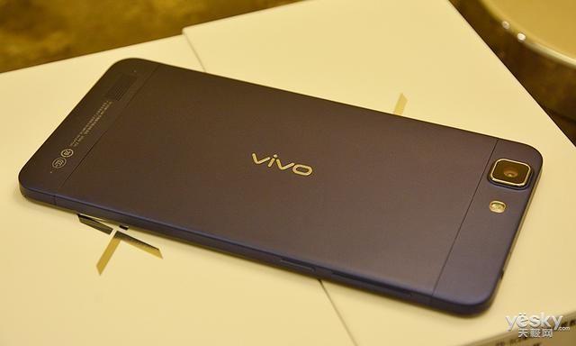 这就是Vivo和OPPO这么受年轻人欢迎的原因!网友:颜值超高!