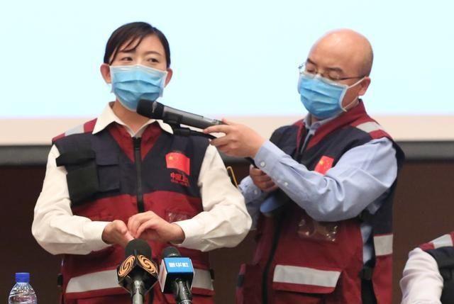 [疫情防控]我外交部发言人就海外中国留学生回国问题答记者问