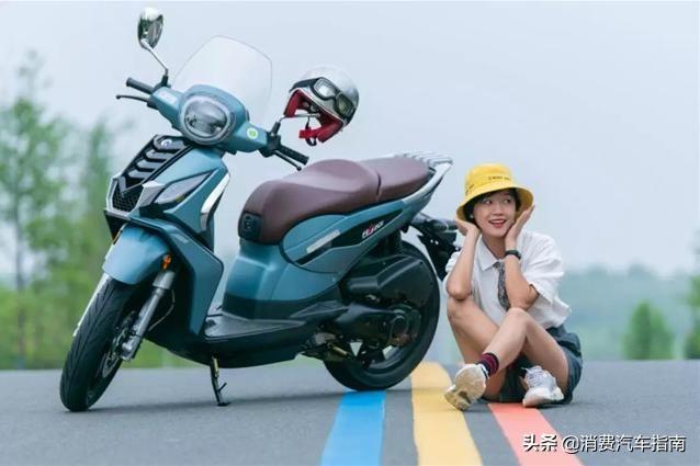搭载博世10代ABS,8L大油箱全LED,售价2.7w得14kW水冷踏板