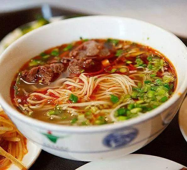 『食物』中午要拉面、麻辣面还是炖面?为什么河南人不喜欢米饭?