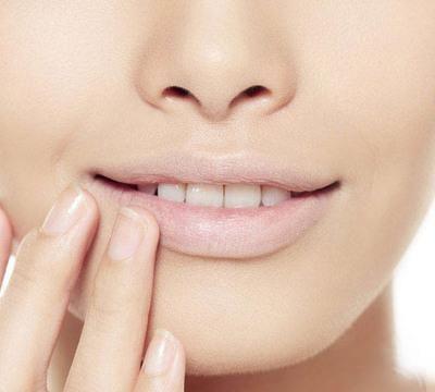 『保养』中医教你看唇诊健康,什么唇色是健康地?该如何保养?
