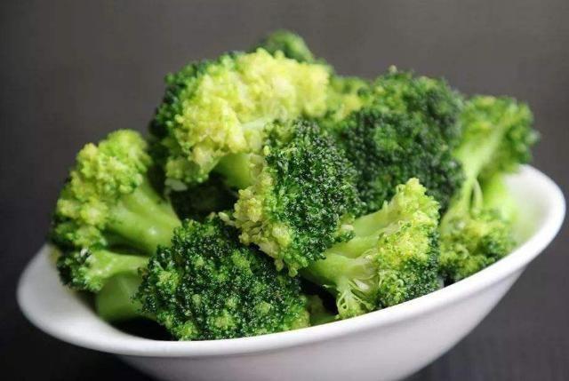 """养肝就是""""养命"""",餐桌上这4物放开吃,排肝毒、或远离肝硬化(二)"""
